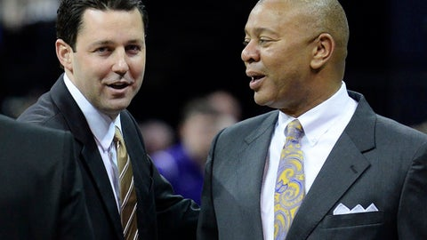 Vanderbilt coach Bryce Drew, left, greets LSU head coach Johnny Jones before an NCAA college basketball game Thursday, Dec. 29, 2016, in Baton Rouge, La. (Hilary Scheinuk/The Advocate via AP)