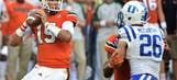 Hurricanes quarterback Brad Kaaya elects to enter NFL Draft