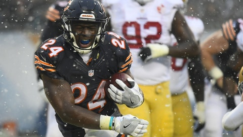 Green Bay Packers at Chicago Bears, 1 p.m. FOX (711)