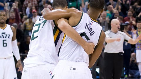Utah Jazz (4)