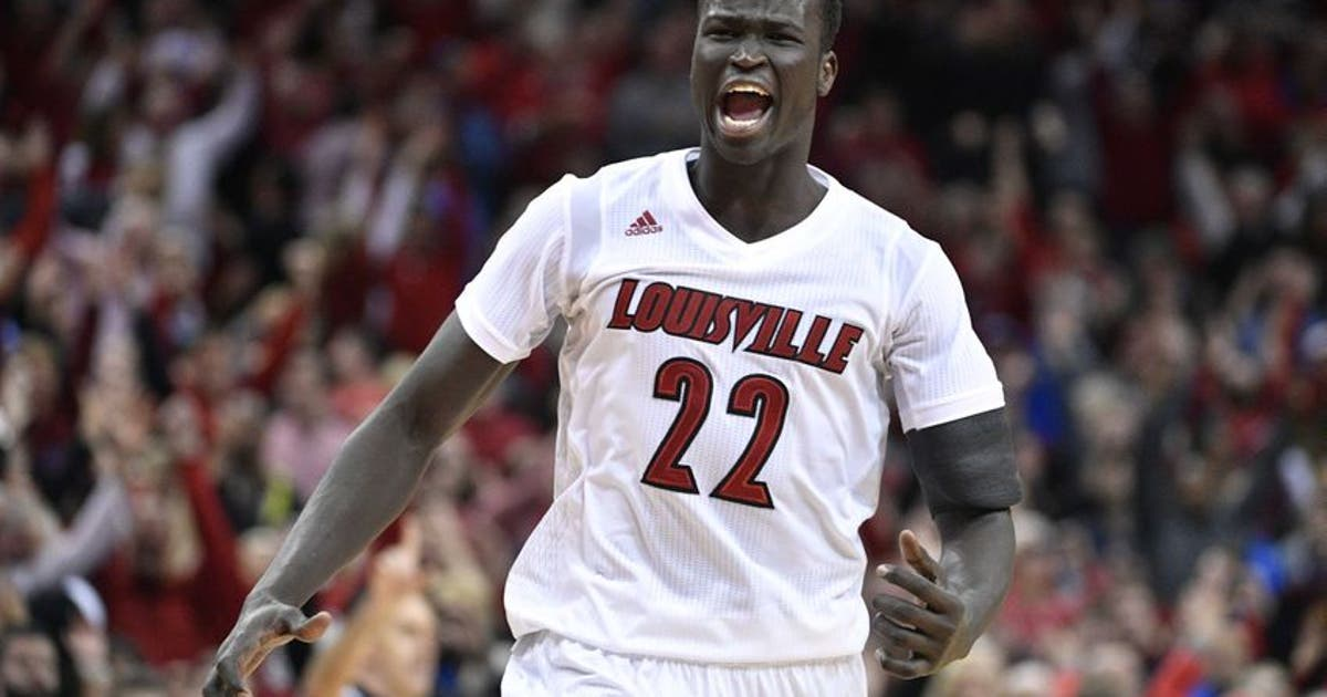 927f10e2f49c College Basketball Power 10  Louisville Cardinals Get Statement Win ...