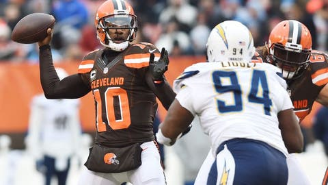 Dec 24, 2016; Cleveland, OH, USA; Cleveland Browns quarterback Robert Griffin III (10) throws a pass during the first quarter against the San Diego Chargers at FirstEnergy Stadium. Mandatory Credit: Ken Blaze-USA TODAY Sports
