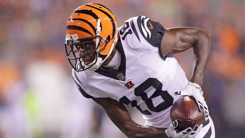 CINCINNATI, OH - SEPTEMBER 29:  A.J. Green #18 of the Cincinnati Bengals carries the ball during the first quarter of the game against the Miami Dolphins at Paul Brown Stadium on September 29, 2016 in Cincinnati, Ohio. (Photo by Andy Lyons/Getty Images)