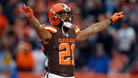 CLEVELAND, OH - DECEMBER 24:  Jamar Taylor #21 of the Cleveland Browns reacts after a defensive stop against the San Diego Chargers at FirstEnergy Stadium on December 24, 2016 in Cleveland, Ohio. (Photo by Wesley Hitt/Getty Images)