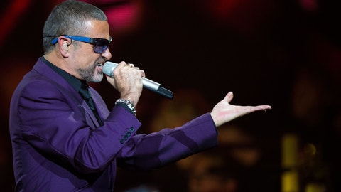 LONDON - SEPTEMBER 29:  George Michael peforms at the Royal Albert Hall on September 29, 2012 in London, England. (Photo by Samir Hussein/Redferns via Getty Images)