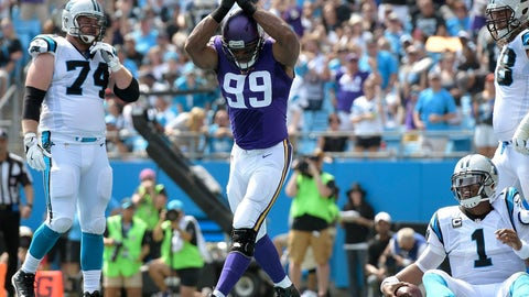 Vikings lineman Danielle Hunter signals the safety at Carolina