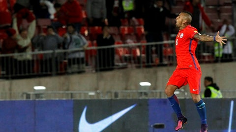 14 - Arturo Vidal