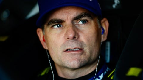 Jeff Gordon comes out of retirement