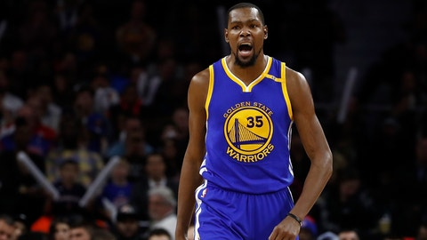 AUBURN HILLS, MI - DECEMBER 23: Kevin Durant #35 of the Golden State Warriors reacts to a second half basket while playing the Detroit Pistons at the Palace of Auburn Hills on December 23, 2016 in Auburn Hills, Michigan. NOTE TO USER: User expressly acknowledges and agrees that, by downloading and or using this photograph, User is consenting to the terms and conditions of the Getty Images License Agreement.  (Photo by Gregory Shamus/Getty Images)