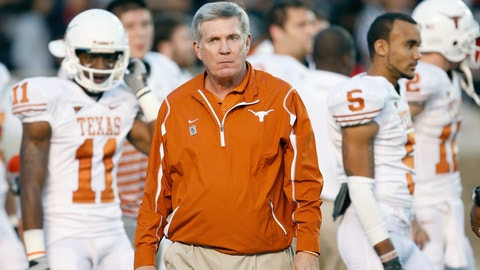 LUBBOCK,TEXAS - NOVEMBER 1:  Head coach Mack Brown of the Texas Longhorns watches practice before the game against the Texas Tech Red Raiders on November 1, 2008 at Jones Stadium in Lubbock, Texas. (Photo by: Jamie Squire/Getty Images)