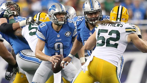 DETROIT MI - DECEMBER 3: Matthew Stafford #9 of the Detroit Lions looks for an open receiver in the fourth quarter during the game against the Green Bay Packers on December 3 2015 at Ford Field in Detroit, Michigan. (Photo by Leon Halip/Getty Images)