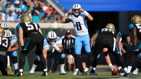 JACKSONVILLE, FL - DECEMBER 24: Marcus Mariota #8 of the Tennessee Titans gestures during the first half of the game against the Jacksonville Jaguars at EverBank Field on December 24, 2016 in Jacksonville, Florida. (Photo by Rob Foldy/Getty Images)