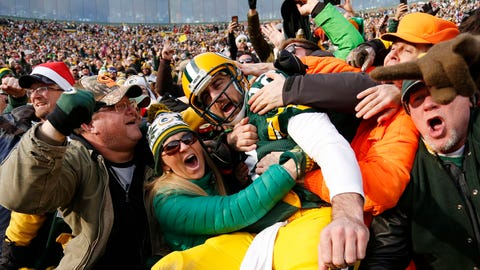 Packers fans (↑ UP)