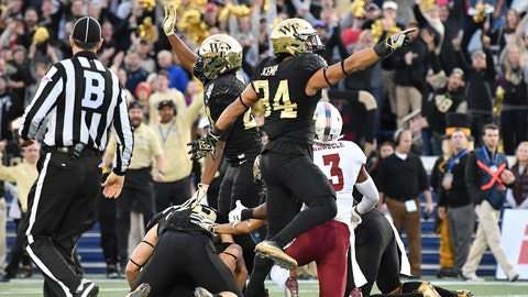 Military Bowl: Wake Forest 34, Temple 26