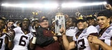 Minnesota emerges from turmoil to upset WSU in Holiday Bowl