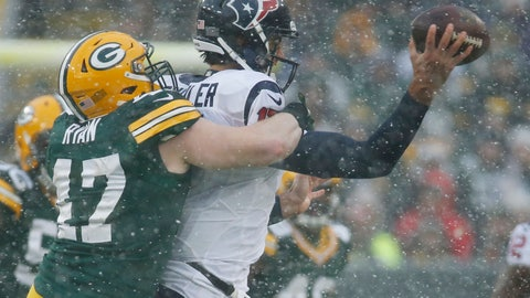 The Texans offense gets stuck in the snow