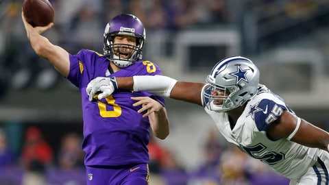 NFL: Dallas Cowboys at Minnesota Vikings