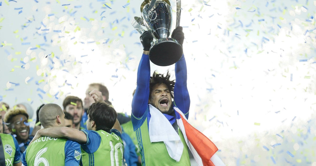 The sounders roman torres got a tattoo of himself to for Seattle sounders tattoo