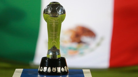 MEXICO CITY, MEXICO - DECEMBER 13:  Trophy of the Apertura 2015 is showmn during the final second leg match between Pumas UNAM and Tigres UANL as part of the Apertura 2015 Liga MX at Olimpico Universitario Stadium on December 13, 2015 in Mexico City, Mexico. (Photo by Hector Vivas/LatinContent/Getty Images)