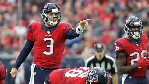 HOUSTON, TX - DECEMBER 18:  Tom Savage #3 of the Houston Texans signals at the line of scrimmage in the fourth quarter at NRG Stadium on December 18, 2016 in Houston, Texas.  (Photo by Tim Warner/Getty Images)