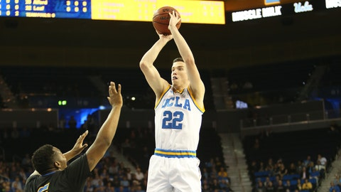 Freshman TJ Leaf led the way for UCLA with 25 points, 10 rebounds and 8 assists.