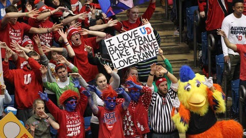 This Dayton basketball fan REALLY loves Dayton basketball