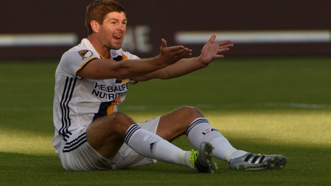 Midfielder: Steven Gerrard