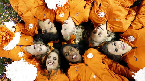 Clemson cheerleaders