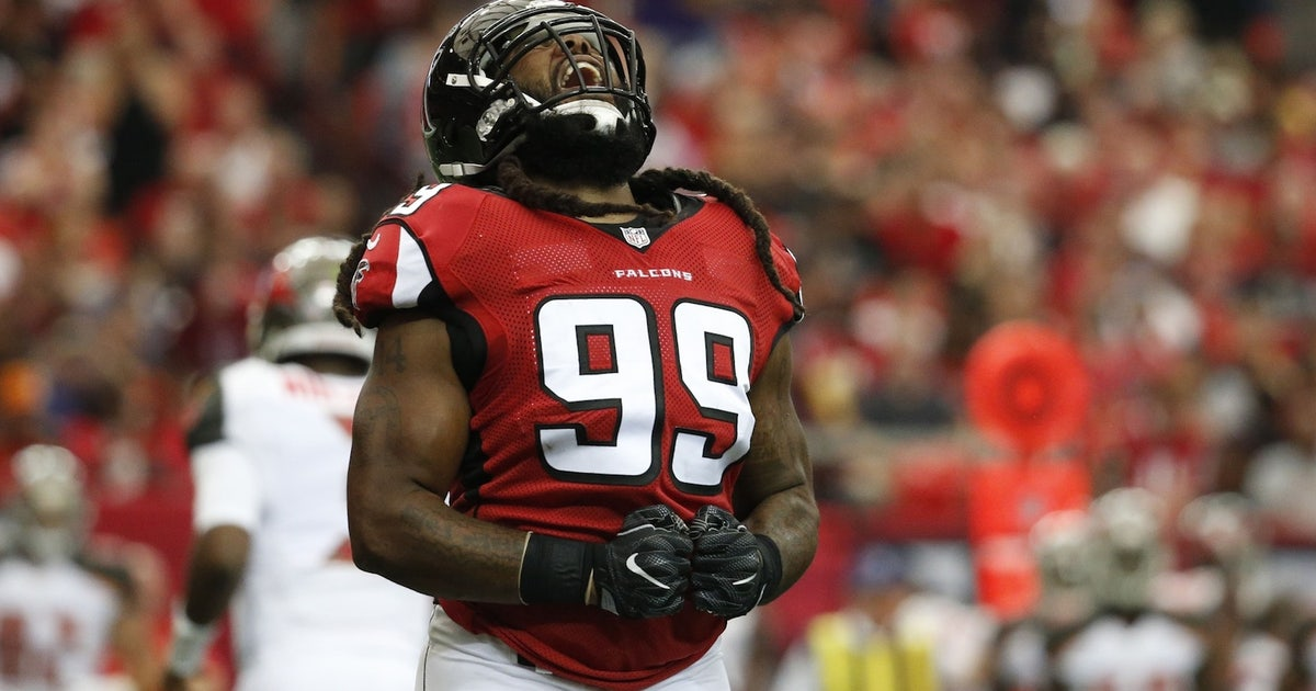 Falcons DE Adrian Clayborn out for remainder of playoffs with bicep injury | FOX Sports