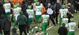 Report: Intense workouts leave at least three Oregon football players hospitalized