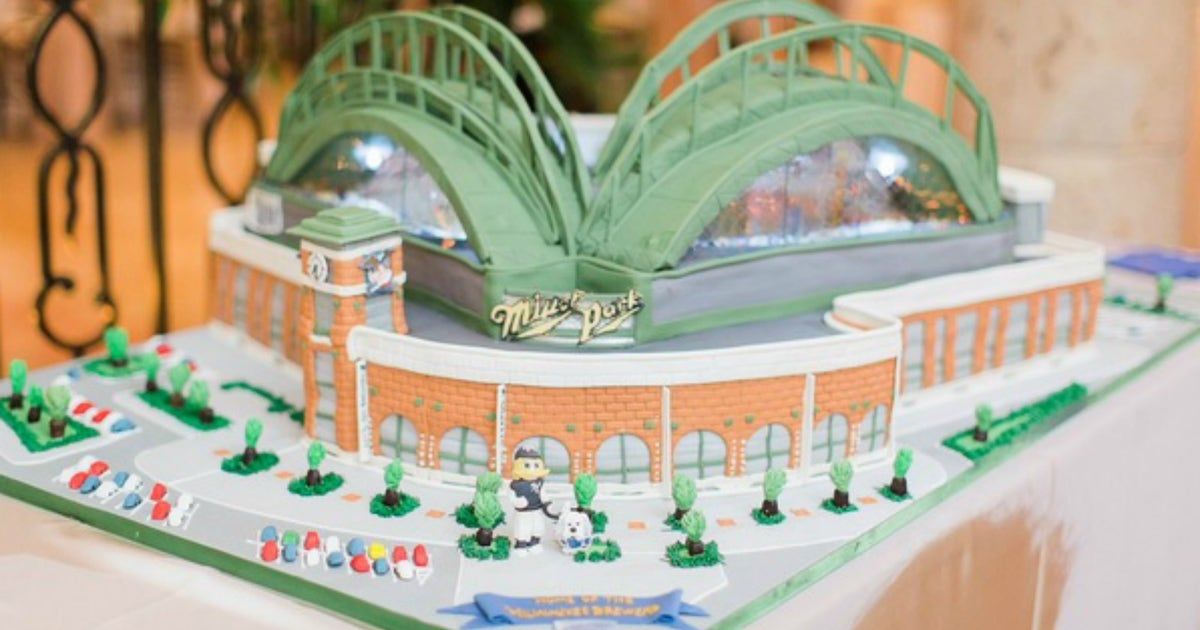 The Brewers Gm S Wedding Cake Is Perhaps The Best In Mlb