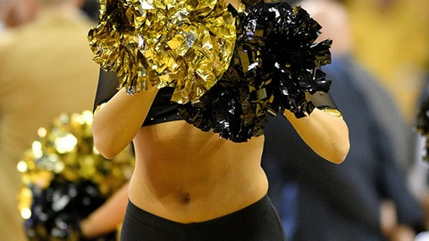 Missouri cheerleader