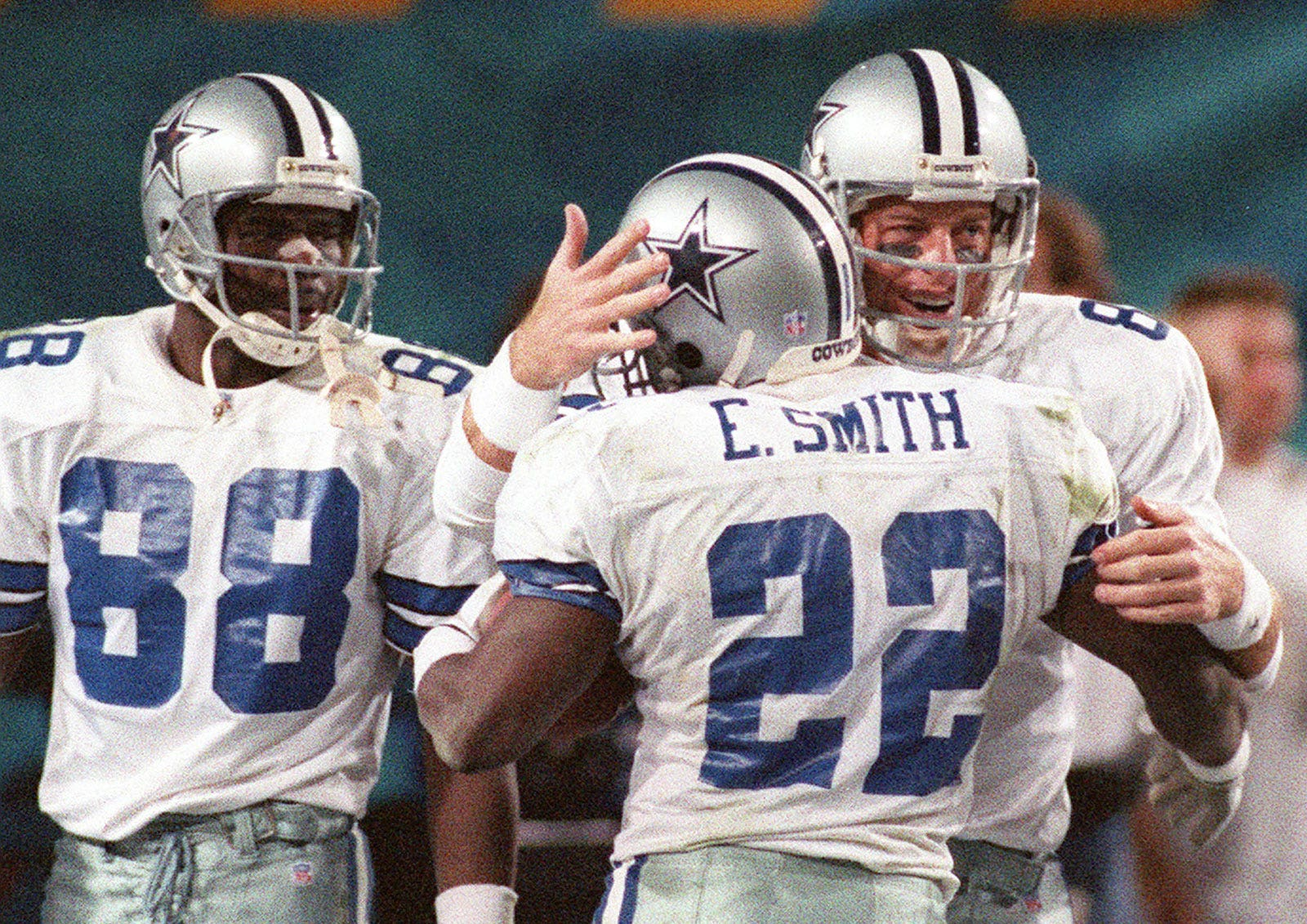 size 40 d587a fe9bb Here's the real reason behind the Dallas Cowboys' mismatched ...