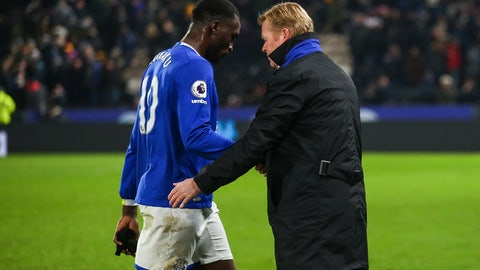 Everton: Find some help out wide