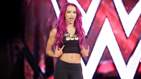 Sasha Banks vs. Nia Jax