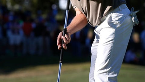 Bernhard Langer putts on the 16th green during the final round of the Dominion Charity Classic golf tournament Sunday, Nov. 6, 2016, in Richmond, Va. (Alexa Welch Edlund/Richmond Times-Dispatch via AP)