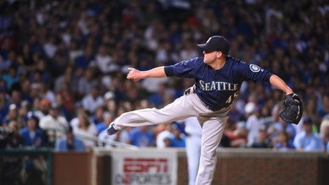 Seattle Mariners relief pitcher Drew Storen (45) delivers during a  baseball game against the Chicago Cubs on Sunday, July 31, 2016, in Chicago. (AP Photo/Matt Marton)