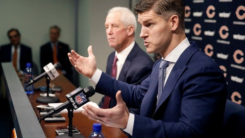 Chicago Bears general manager Ryan Pace, right, and coach John Fox talk to reporters during an end of season NFL football news conference Wednesday, Jan. 4, 2017, in Lake Forest, Ill. (AP Photo/Charles Rex Arbogast)
