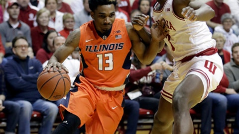 Illinois's Tracy Abrams goes to the basket against Indiana's OG Anunoby during the first half of an NCAA college basketball game Saturday, Jan. 7, 2017, in Bloomington, Ind. (AP Photo/Darron Cummings)