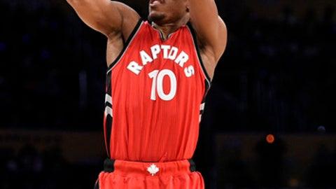 Toronto Raptors guard DeMar DeRozan in action during the first half of an NBA basketball game against the Los Angeles Lakers in Los Angeles, Sunday, Jan. 1, 2017. (AP Photo/Kelvin Kuo)