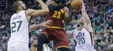 Hayward helps Jazz hold off LeBron, beat Cavs 100-92 (Jan 10, 2017)