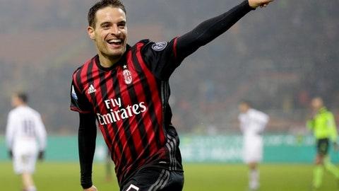 AC Milan – 650,000 kits