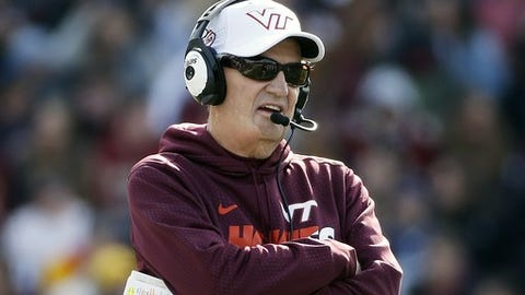 Virginia Tech head coach Frank Beamer stands on the sidelines during the second quarter of an NCAA college football game against Boston College in Boston, Saturday, Oct. 31, 2015. Virginia Tech won 26-10. (AP Photo/Michael Dwyer)