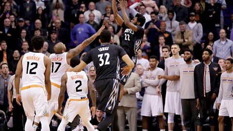 Best Moment: Andrew Wiggins' buzzer-beater vs. the Suns