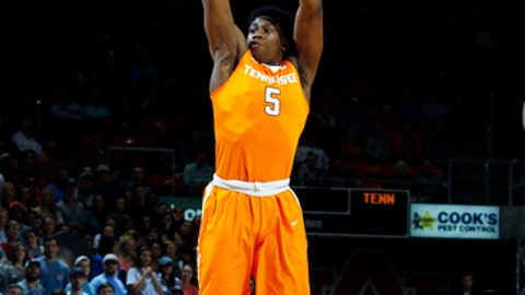 Tennessee forward Admiral Schofield (5) shoots against Auburn in the first half of their NCAA college basketball game on Tuesday, Jan. 31, 2017 in Auburn, Ala. (Todd J. Van Emst/Opelika-Auburn News via AP)