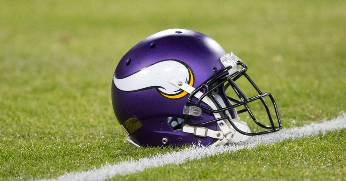 Minnesota Vikings Sign 9 Players To Reserve Futures