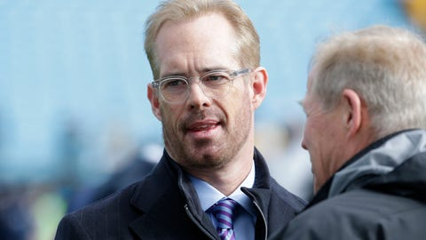 Jan 17, 2016; Charlotte, NC, USA; Fox Sports commentator Joe Buck on the field prior to the game between the Seattle Seahawks and Carolina Panthers in a NFC Divisional round playoff game at Bank of America Stadium. Mandatory Credit: Jeremy Brevard-USA TODAY Sports