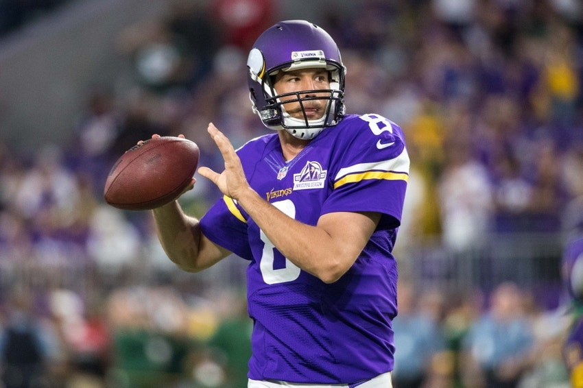 huge selection of 49771 1d94b Minnesota Vikings: Sam Bradford Is the Future and Can ...