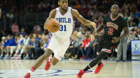 Nov 25, 2016; Philadelphia, PA, USA; Philadelphia 76ers forward Hollis Thompson (31) dribbles past Chicago Bulls guard Jerian Grant (2) during the second half at Wells Fargo Center. The Chicago Bulls won 105-89. Mandatory Credit: Bill Streicher-USA TODAY Sports