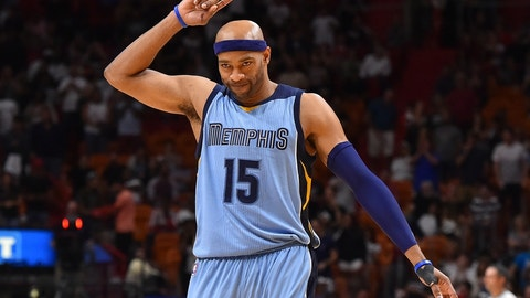 Nov 26, 2016; Miami, FL, USA; Memphis Grizzlies guard Vince Carter (15) reacts in the game against the Miami Heat during the second half at American Airlines Arena. The Memphis Grizzlies defeat the Miami Heat 110-107. Mandatory Credit: Jasen Vinlove-USA TODAY Sports